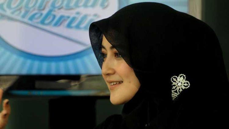 serba hitam ala perempuan Arab