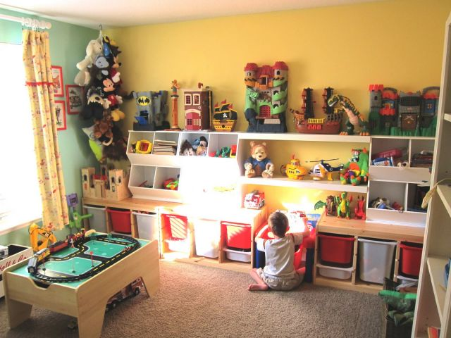 ruang mainan