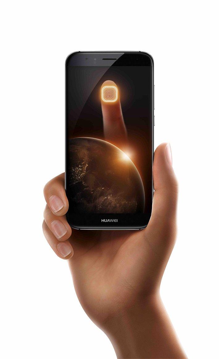 G8_Black_hand_fingerprint