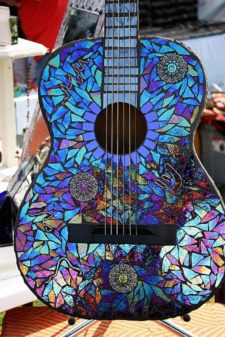 Gitarmu makin ngejreng!