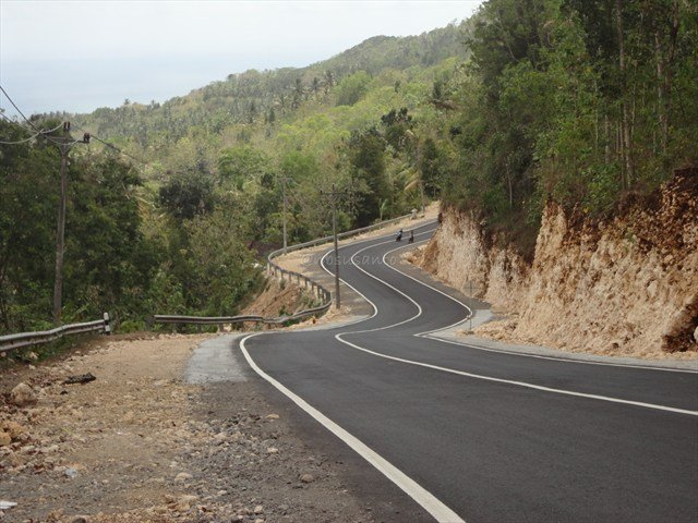 pembangunan jalan sudah mulai merata