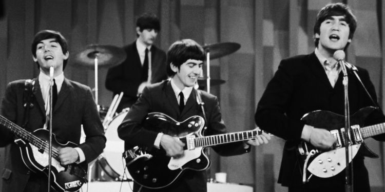 The Beatles dalam acara Ed Sullivan Show, 10 Februari 1964.