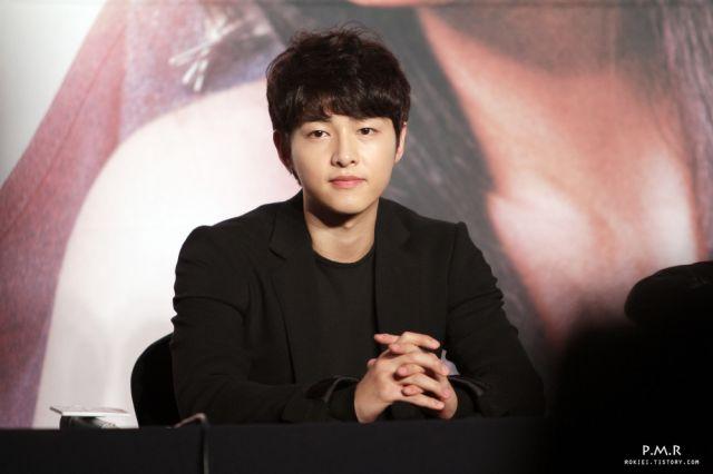 Song Jong Ki yang baby face