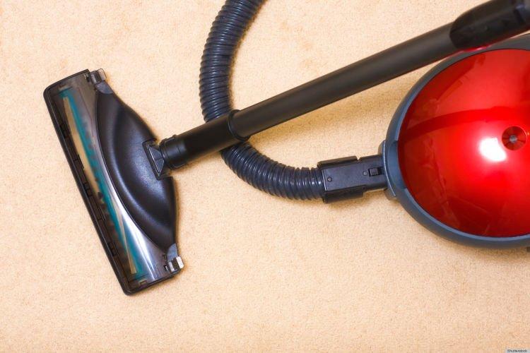 sedot air sekaligus bersihin debu di dalam hape kamu yang basah