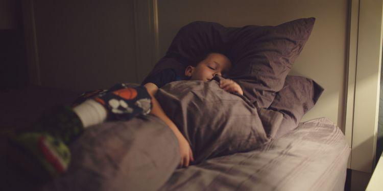 Disuruh tidur siang susah bener