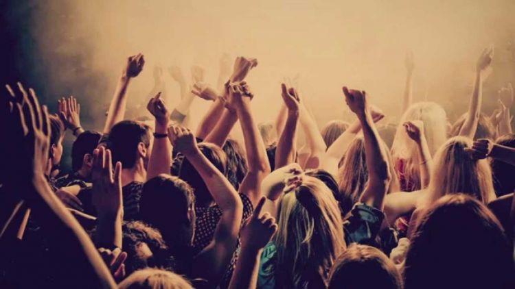 Party sampe pagi~