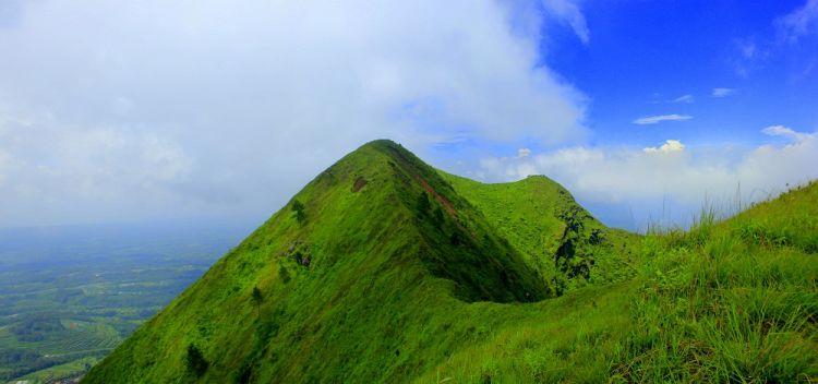 Gunung Paling Ngehits Anak Muda