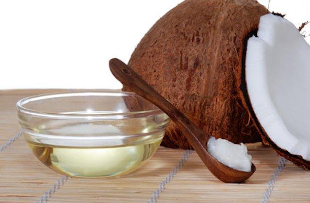 minyak kelapa buat rambutmu