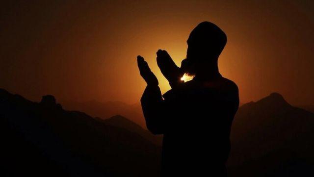 Selalu Memimpin Doa