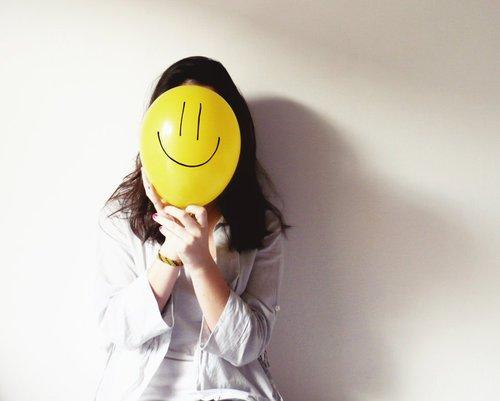 tetap bahagia