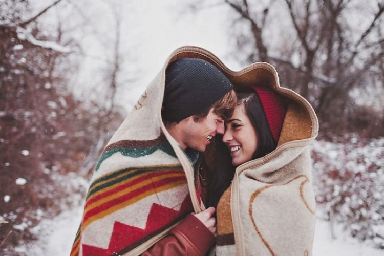 winter-engagement-snow-blanket-boise-37
