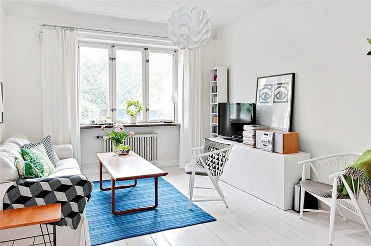 A Scandinavian Emang Bikin Jatuh Cinta Sentuhan Warna Putih Ruang Tamu Mini Jadi Berkesan Luas Dan Lega