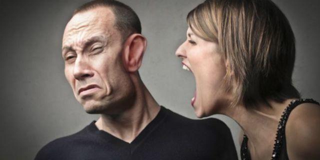 mencoba menghindari kemarahan