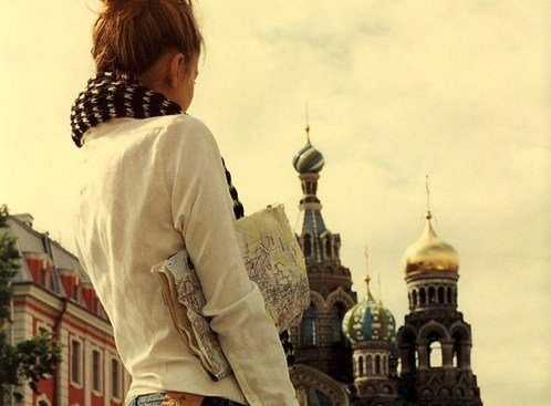 Luangkan waktu untuk dirimu sendiri. Sesekali manjakan dirimu, dengan jalan-jalan keliling kota.