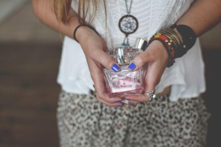 parfum aroma buah emang juara