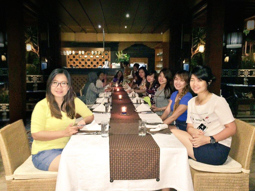 Pengalaman makan di Abhayagiri dijamin manis sekali