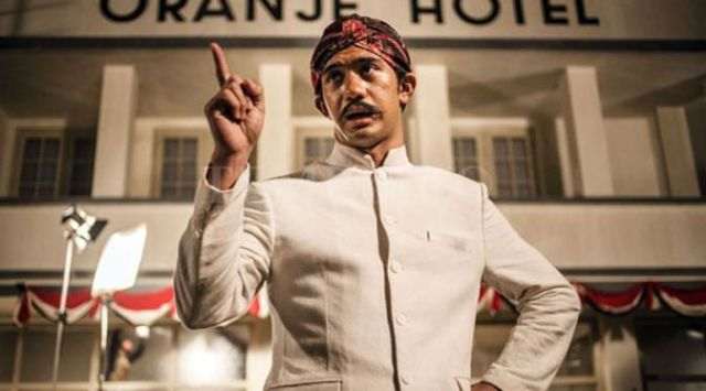 Reza Rahadian sebagai orang jawa di Film Tjokroaminoto