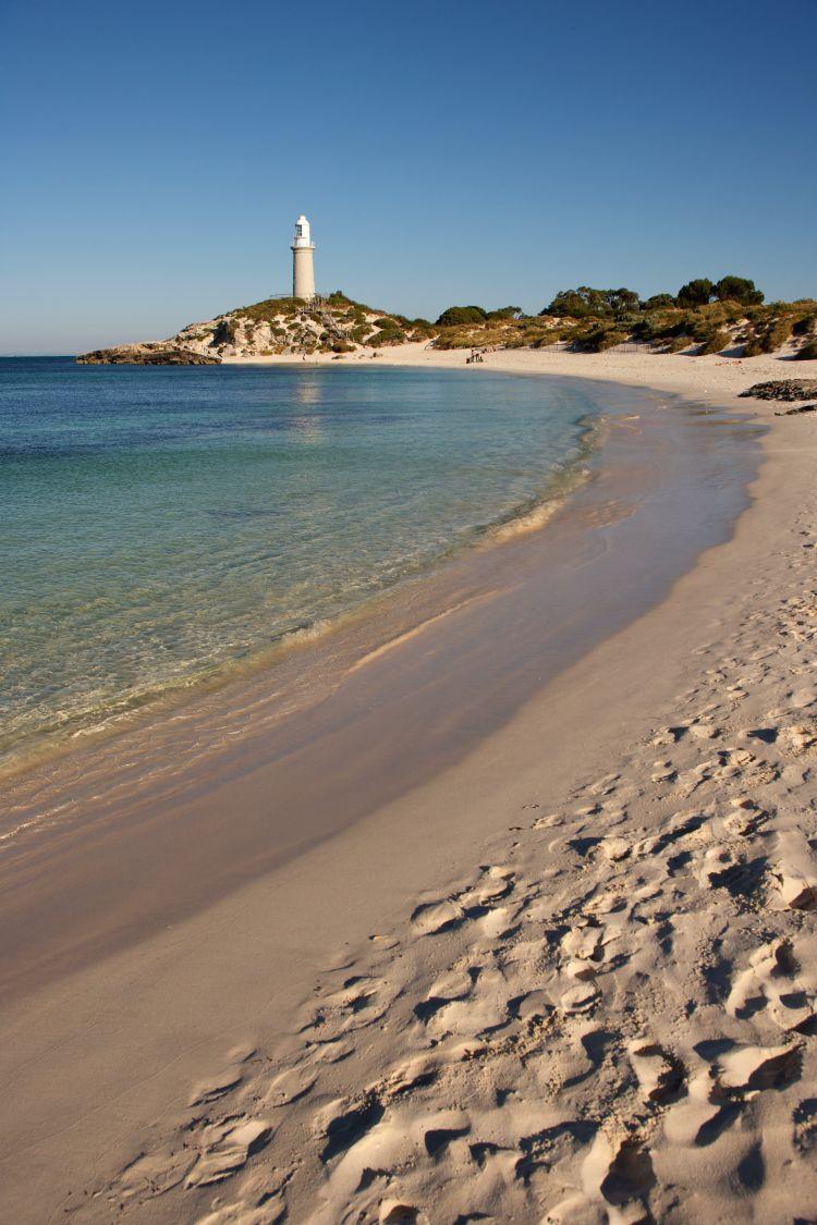 pulau kecil nan mengagumkan via Tourism Australia