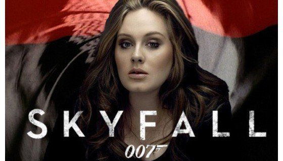 Nyanyiin soundtrack juga jago loh Adele!