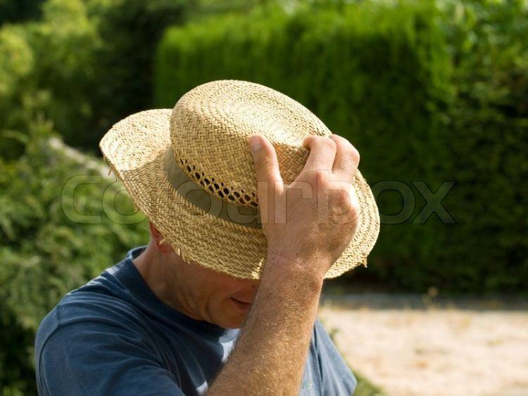 jangan keseringan pakai topi