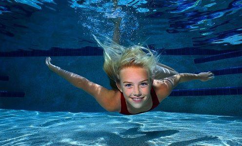 asal kamu nyaman boleh-boleh aja berenang