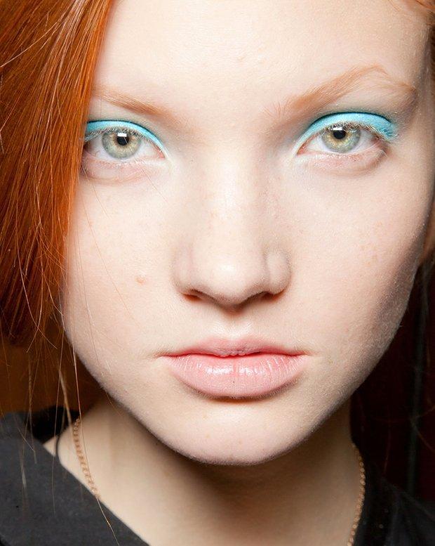 blue_eyeshadow_trend