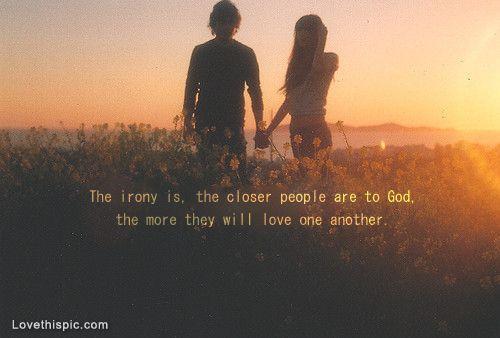 hubungan ini tentang aku, kamu dan Tuhan yang menciptakan kita