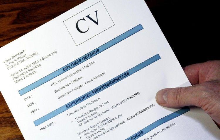 jangan sampai merusak CV-mu ya, 'kan sayang