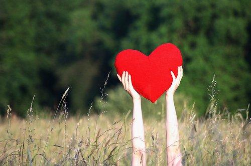 Jangan takut untuk jatuh cinta lagi ya...