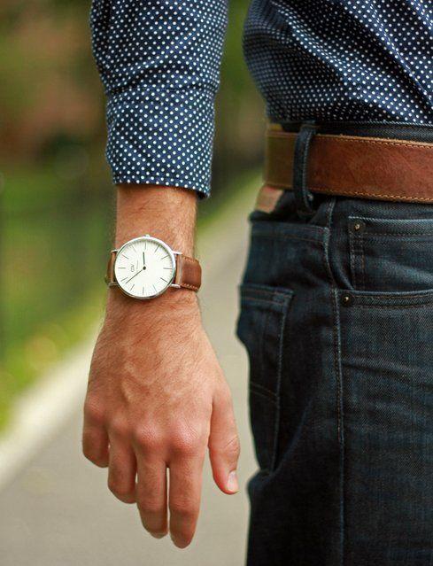 Jam tangan misalnya