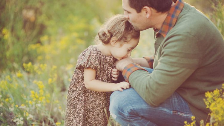 Untuk Ayah Kesayanganku Dari Aku Yang Sampai Kapanpun Akan