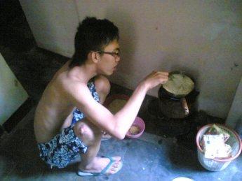 mandiri dengan masak sendiri