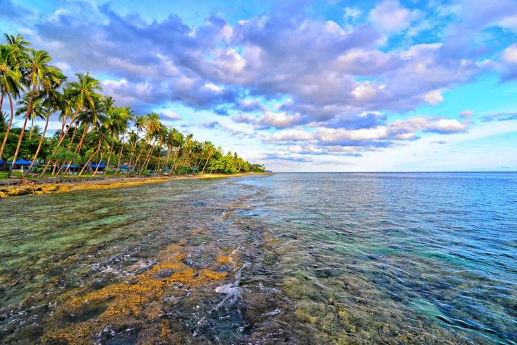 Pantai Namalatu. :O
