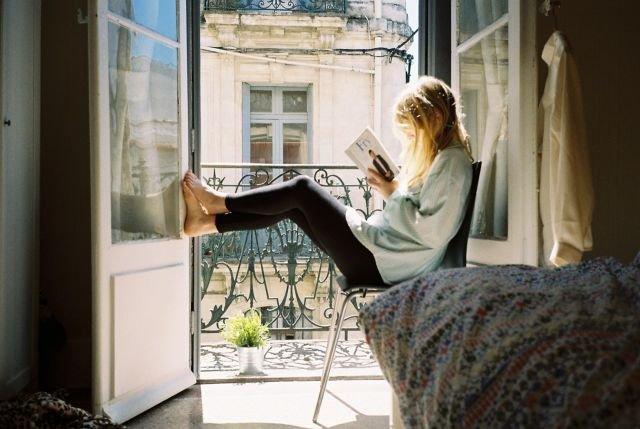 Baca buku lebih menarik daripada hang out