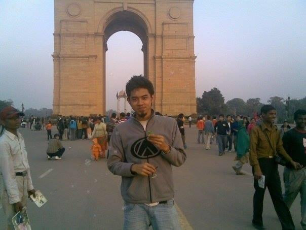 Ditolak kampus dalam negeri, Stevan akhirnya malah berhasil dapat beasiswa S1 ke India.