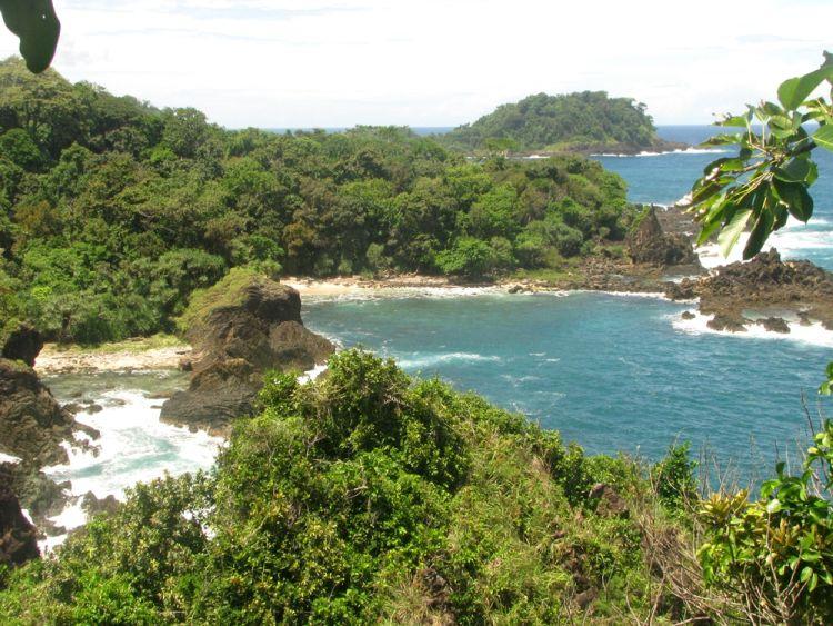 Tanjung Layar, salah satu pantai yang ada di Semenanjung Ujung Kulon.
