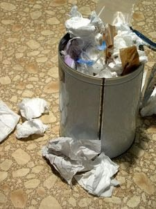 Sampah, sala satu koleksi unik anak kos.