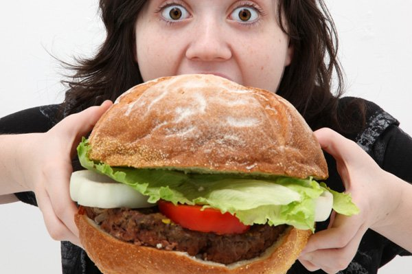 Jangan makan yang besar-besar sebelum tidur ya!