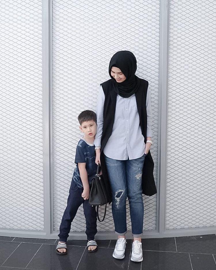 70 Foto Baju Casual Untuk Ibu Muda Berhijab Paling Bagus