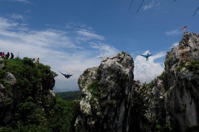 Hammocking diatas ketinggian 70 meter