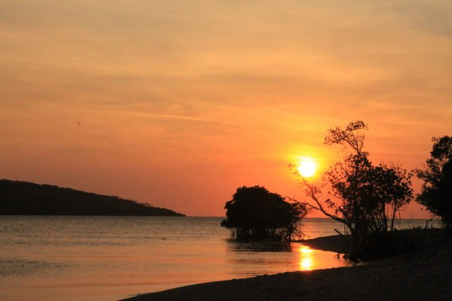 Senja Teluk Brumbun