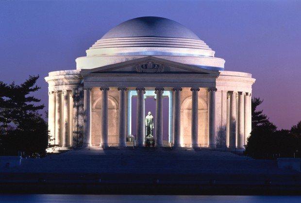 Patung Peringatan Presiden ke-3 Amerika Serikat