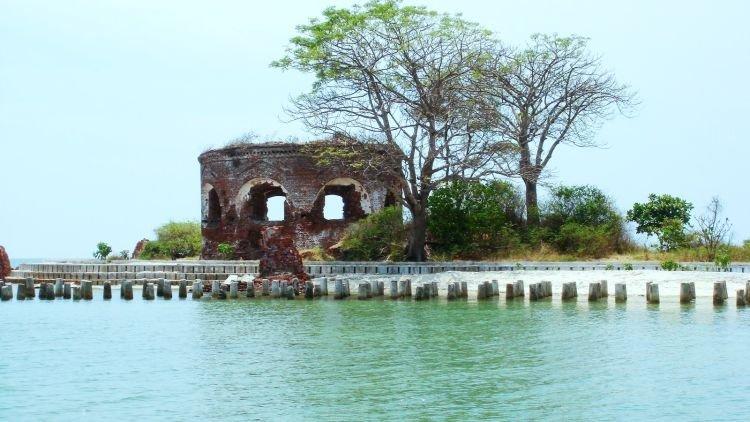 Pulau Onrust.