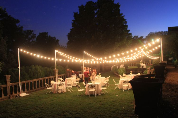 Outdoor-Wedding-Lighting-Ideas-Pinterest