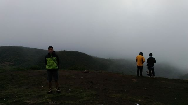 Puncak Gunung Prau November 2015