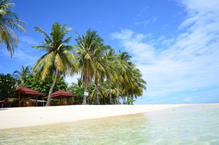 Pulau Pagang, asri nan tenang.