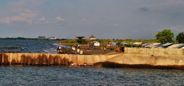 Senja di Pantai Maron, Semarang