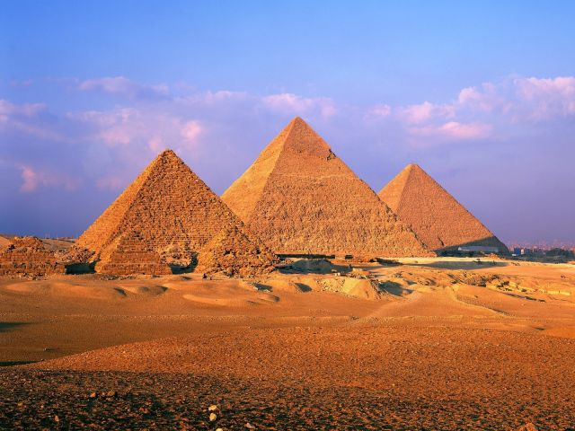 http://images1.fanpop.com/images/image_uploads/Pyramids-of-Giza-egypt-1239953_1600_1200.jpg