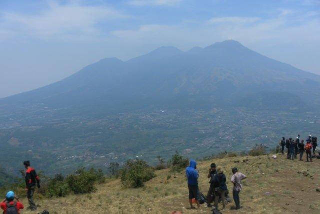 Puncak Bayangan Gunung Penanggungan