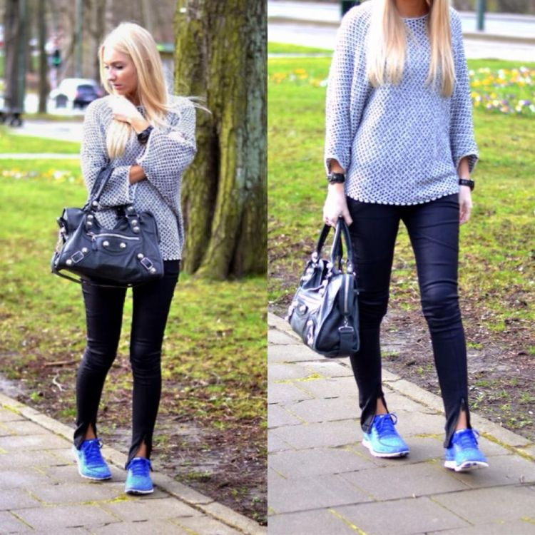 sweater biru, ugh lucuk!